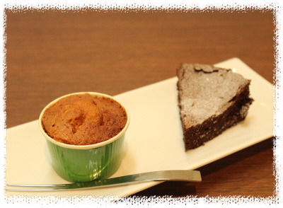 mayucafe2012_04010102.JPG